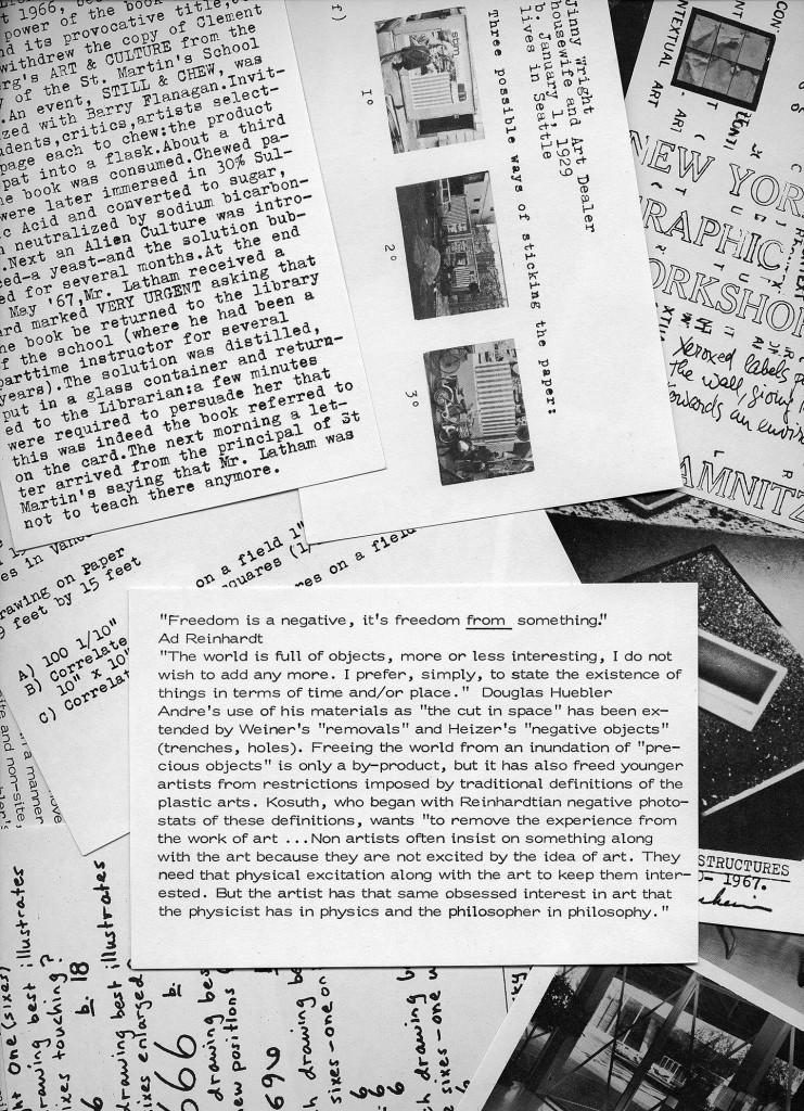 Lucy R. Lippard, 557,087/955,000, 1970. Catalogo, 138 cartoline b/n, 15 x 10 cm. Courtesy Lucy R. Lippard.